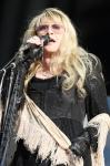 Stevie singing