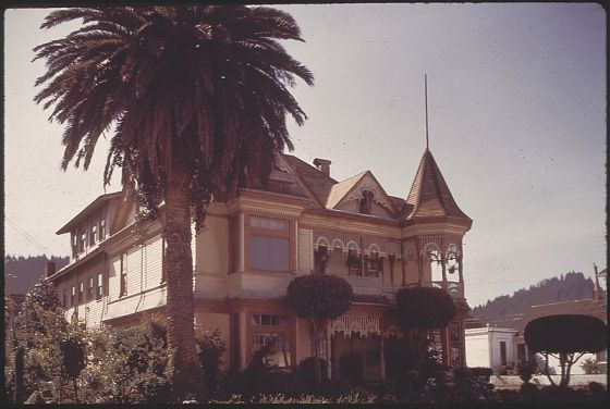 http://commons.wikimedia.org/wiki/File:VICTORIAN_ARCHITECTURE_SURVIVES_IN_EUREKA_-_NARA_-_542967.jpg